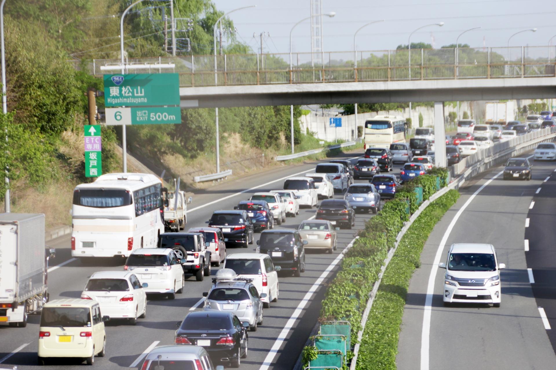 知っておくべき対処法、高速道路でガス欠になったらどうする?